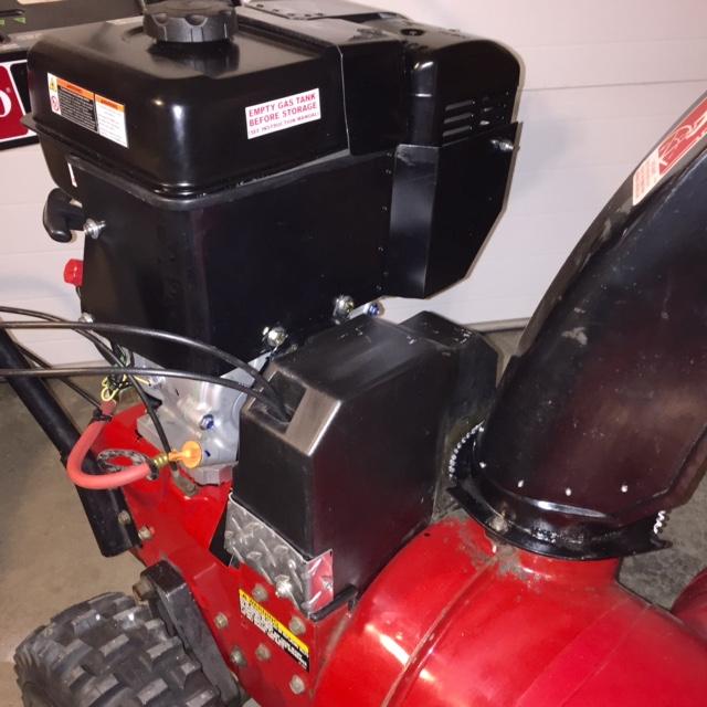 91' Toro Powershift 824/Predator 301cc Repower finally done