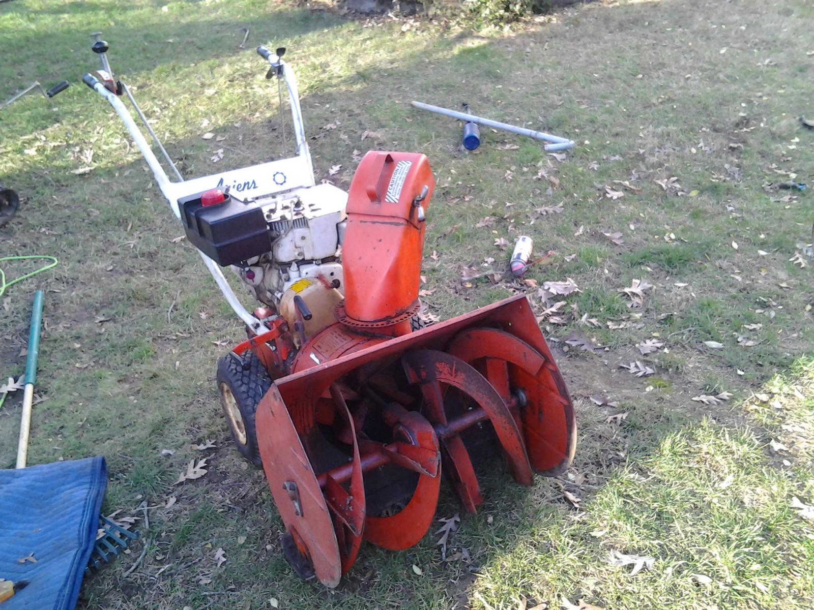 my old ariens to the rescue-20141214_143051.jpg