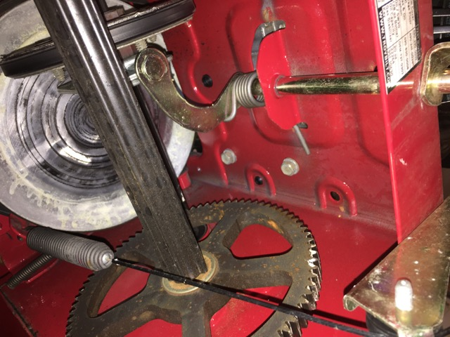 Re-Powering Troy-Bilt 2410 w/ B & S 305cc-img_9673.jpg